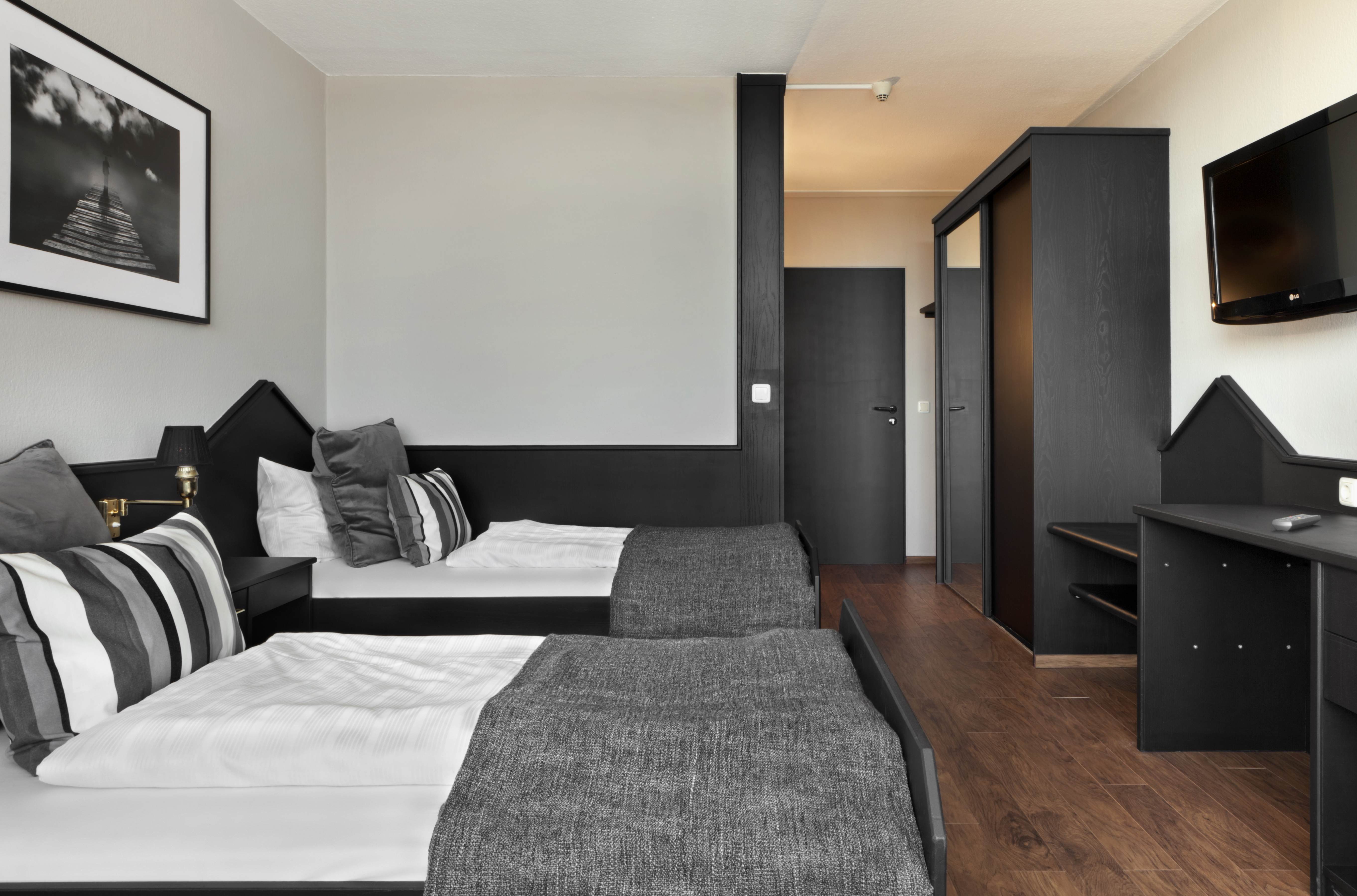 Comfortable Hotel Rooms Tryp By Wyndham Bad Bramstedt